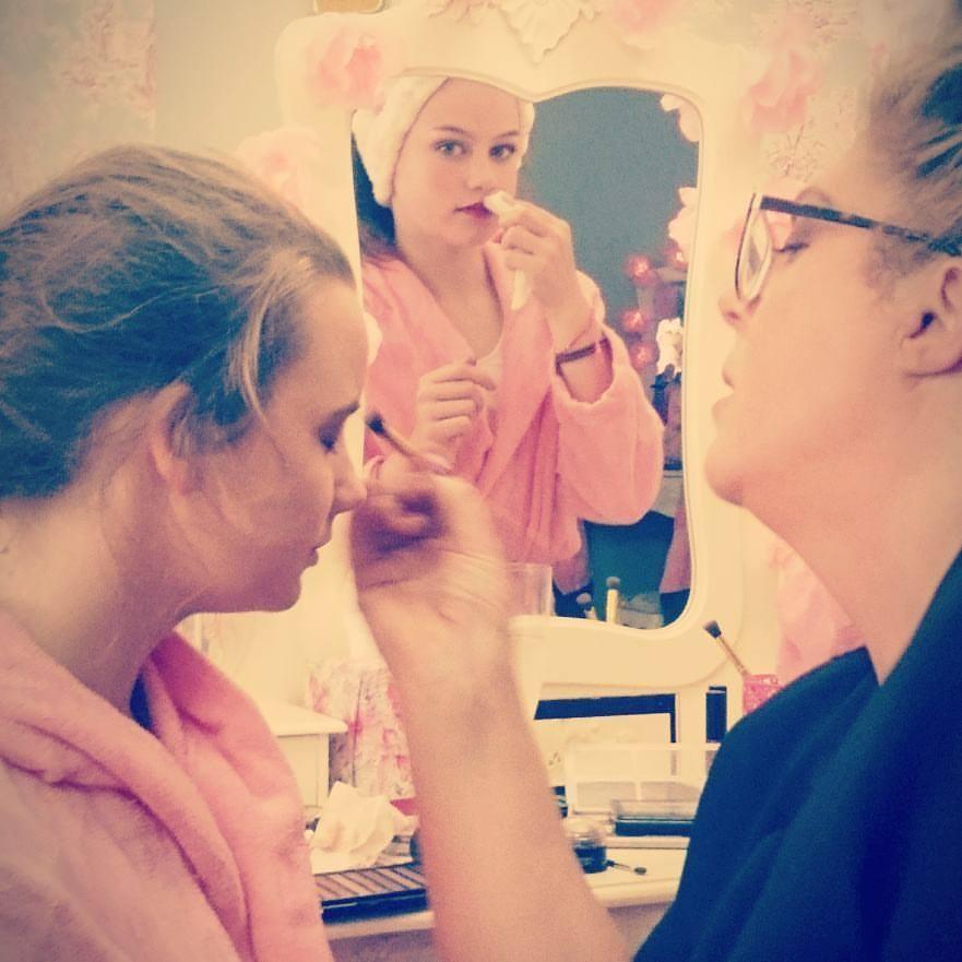 Make up Pamper Me Beautiful
