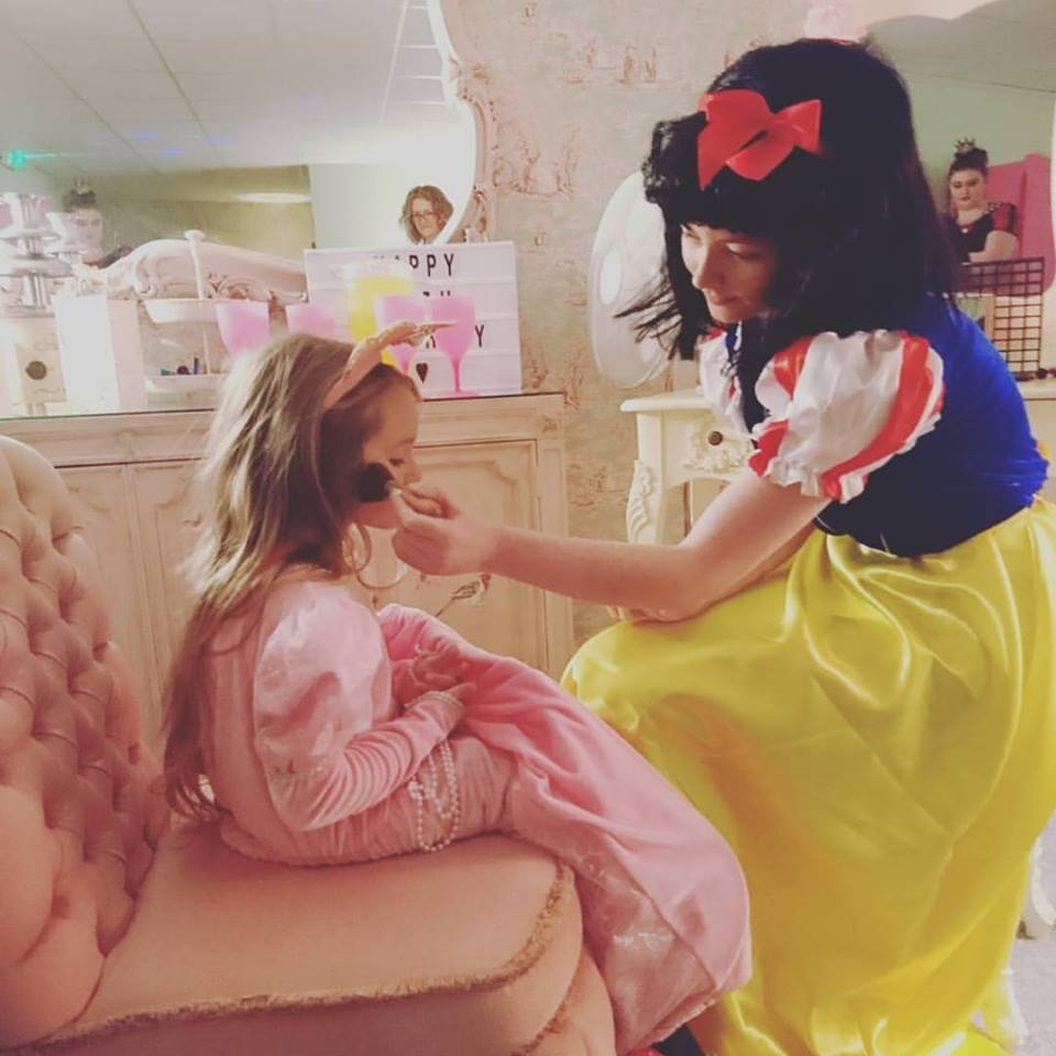 Snow White Pamper Me Beautiful