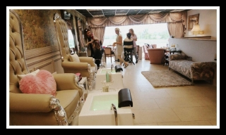 Pamper Me Beautiful VIP Room 17
